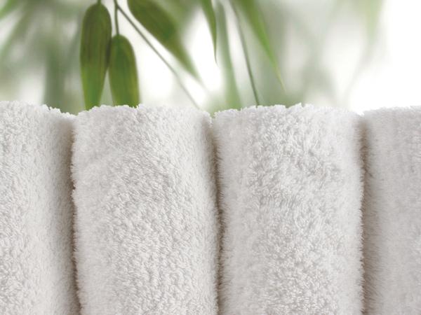 Preprosti koraki, s katerimi boste kopalnico preoblikovali v oazo dobrega počutja