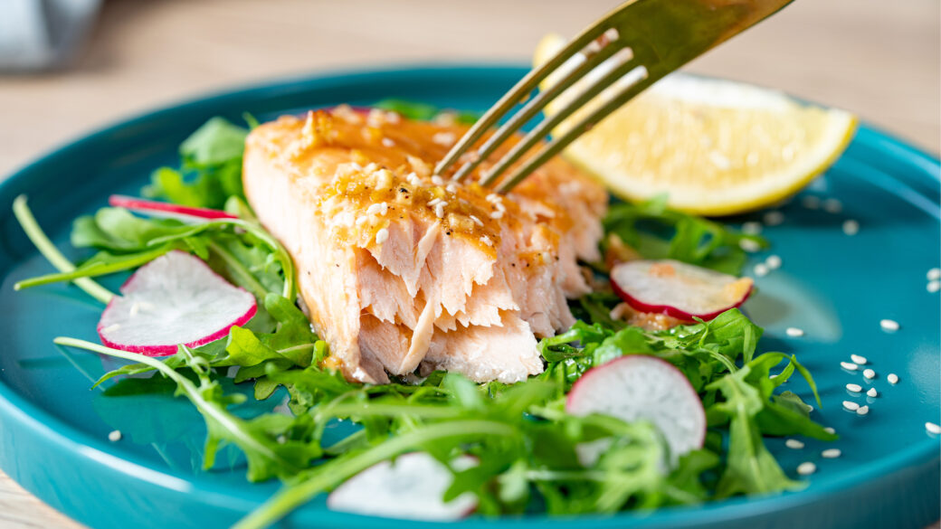 Easy to make delicious salmon with minimum ingredients