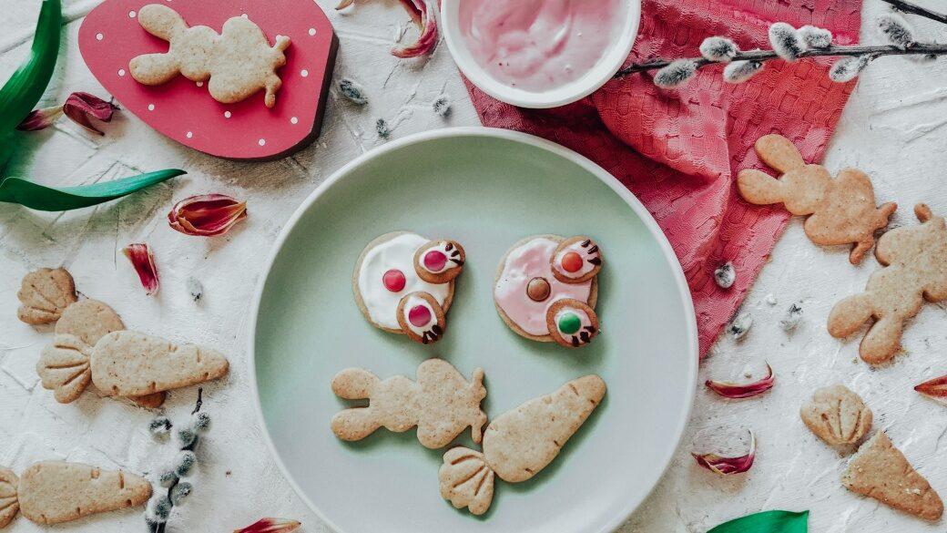 Mandlové sušenky na Velikonoce ve tvaru zajíčků
